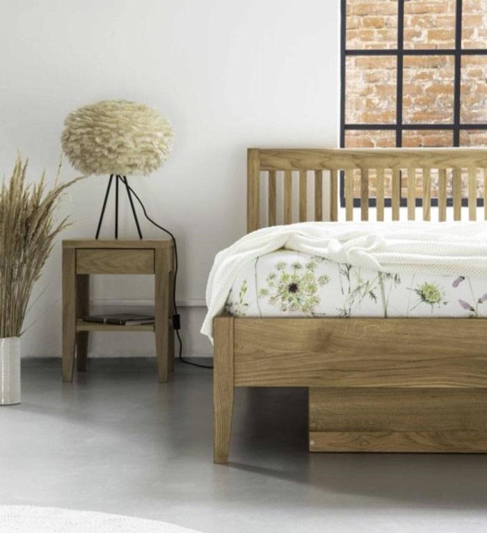 Wygodne łóżko domałej sypialni -alternatywa dlaszafy