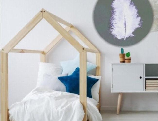 Nietypowa forma – w kształcie drewnianego domku – łóżka dziecięcego ze stelażem i materacem - zdrowy-sen.eu