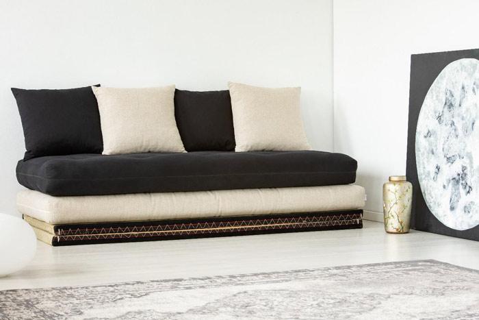 Japońskie maty tatami ifutony ułożone wformę sofy - zdrowy-sen.eu