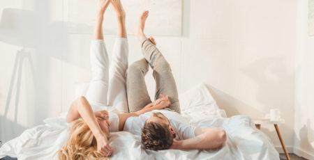 Twardość materaca a waga – dwoje ludzi o różnej masie ciała w jednym łóżku, na jednym materacu - zdrowy-sen.eu